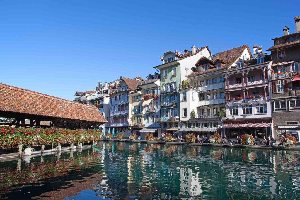 Blick auf Stadt Thun in der Schweiz